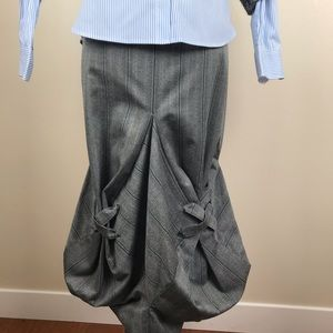 Dresses & Skirts - Origami skirt EUC